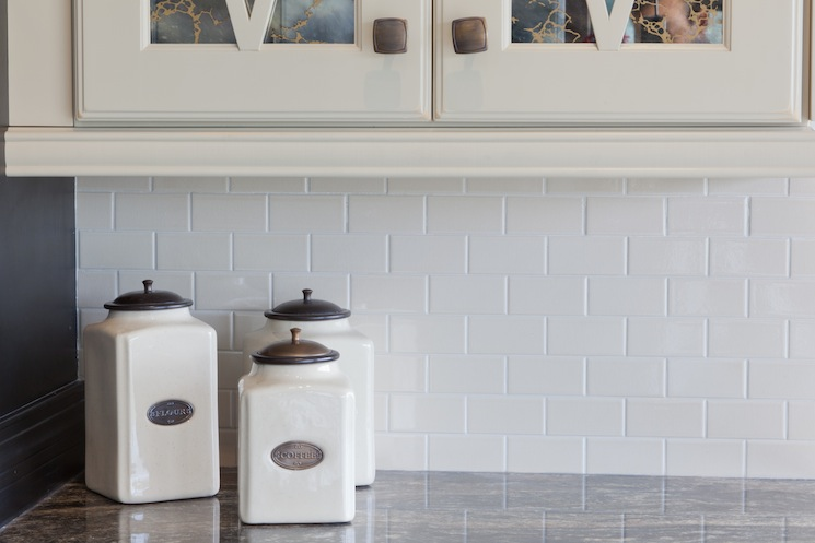 Flat subway tile